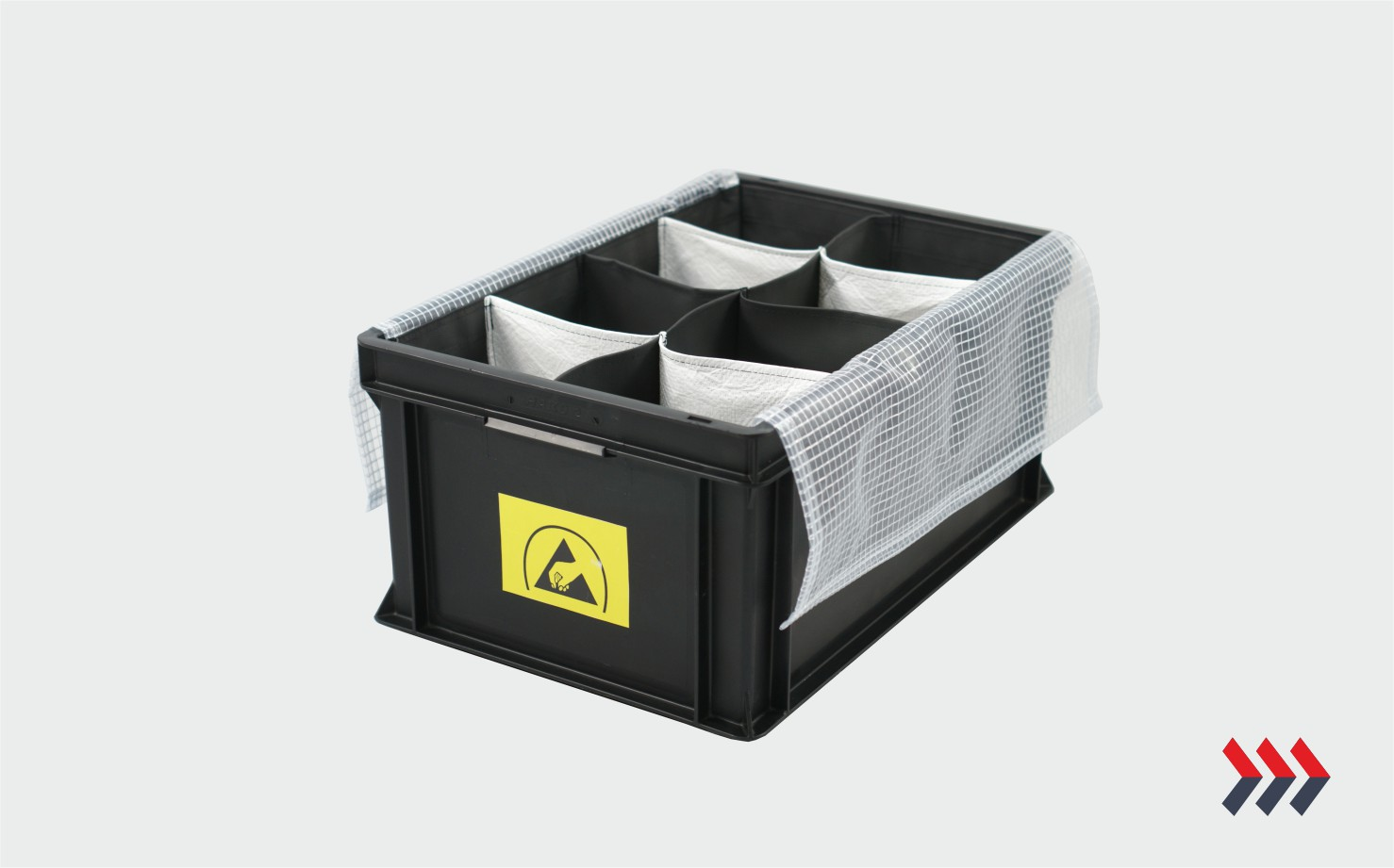 PLASTIC CONTAINERS WITH INSERTS_4